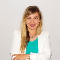 Dr. Arbëresha Loxha